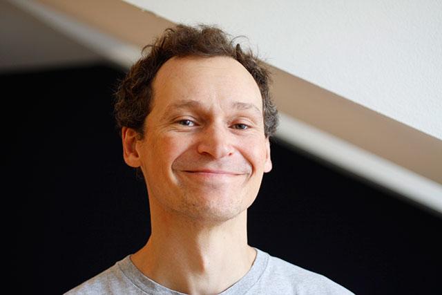 Niklas Svensson, projektkoordinator för projektet för energieffektivisering av fastigheter i Söderort